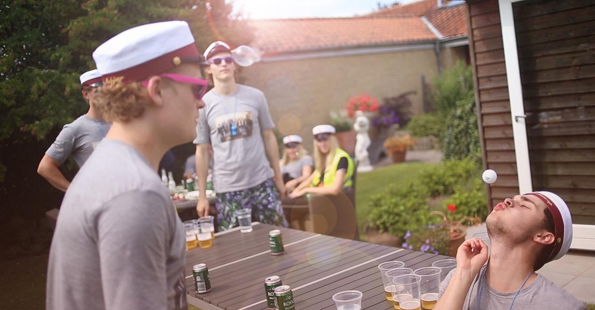 Beer Pong på Studenterkørsel